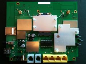 Huawei B593 inside open Communica